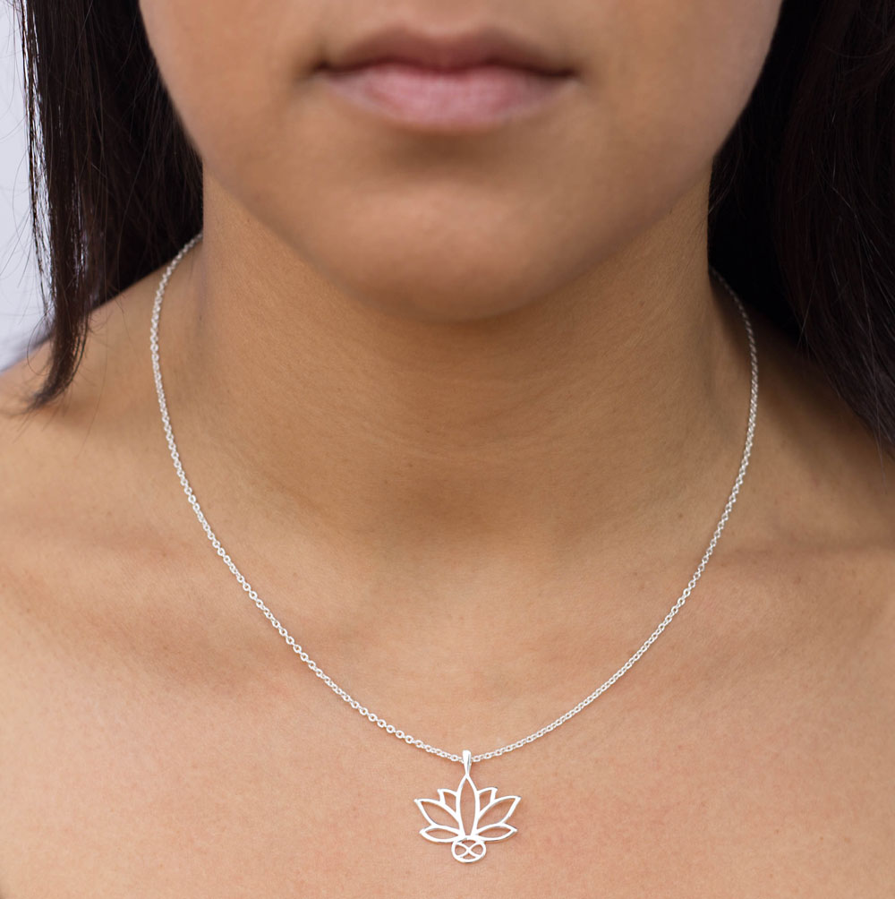 Lotus Silver Plated Necklace Model by SHIKHAZURI